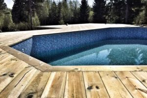 Swimmingpool Järna